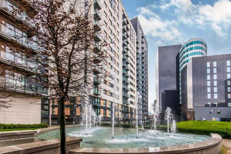 Flat for sale in Cypress Place, 9 New Century Park, Manchester, M4