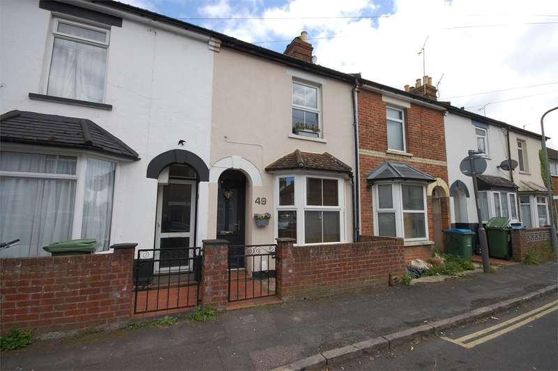 2 Bedrooms Terraced House for sale in Chiltern Street, Aylesbury, HP21