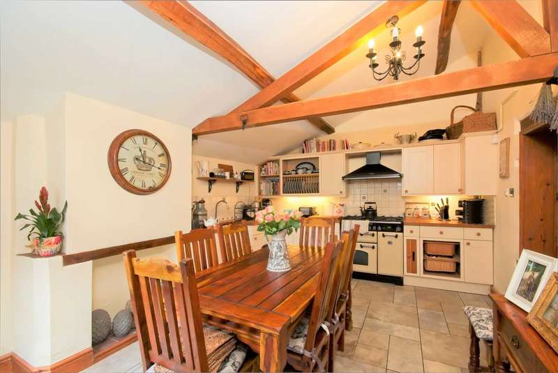 2 Bedrooms House for sale in Main Street, Brandon