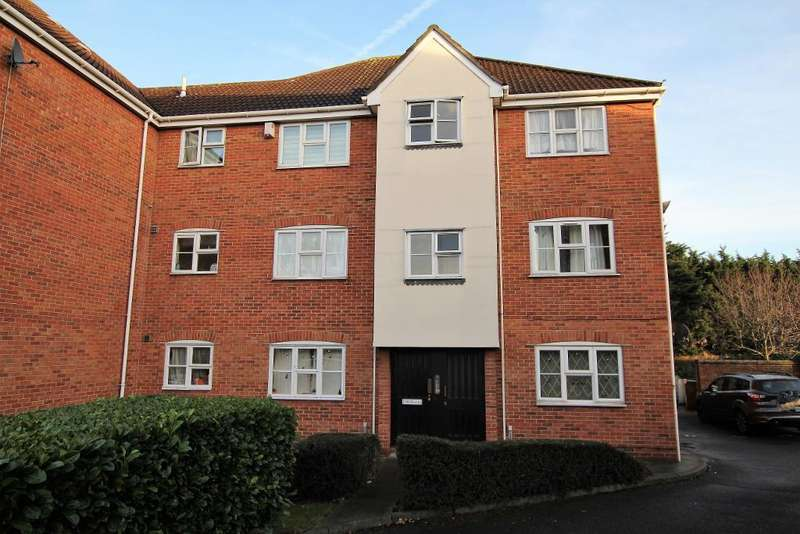 1 Bedroom Flat for sale in Burdetts Road, Dagenham, Essex, RM9 6XZ