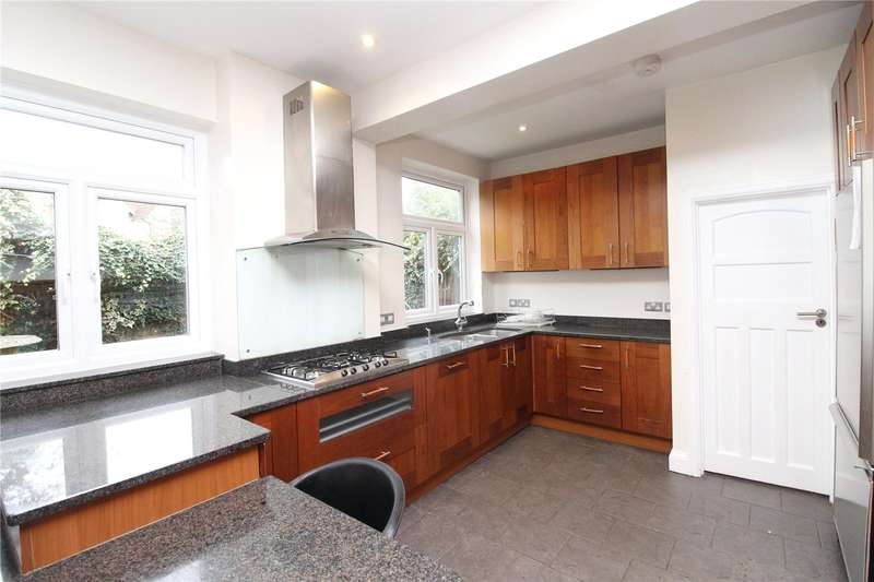 4 Bedrooms Detached House for rent in Upper Cavendish Avenue, London, N3