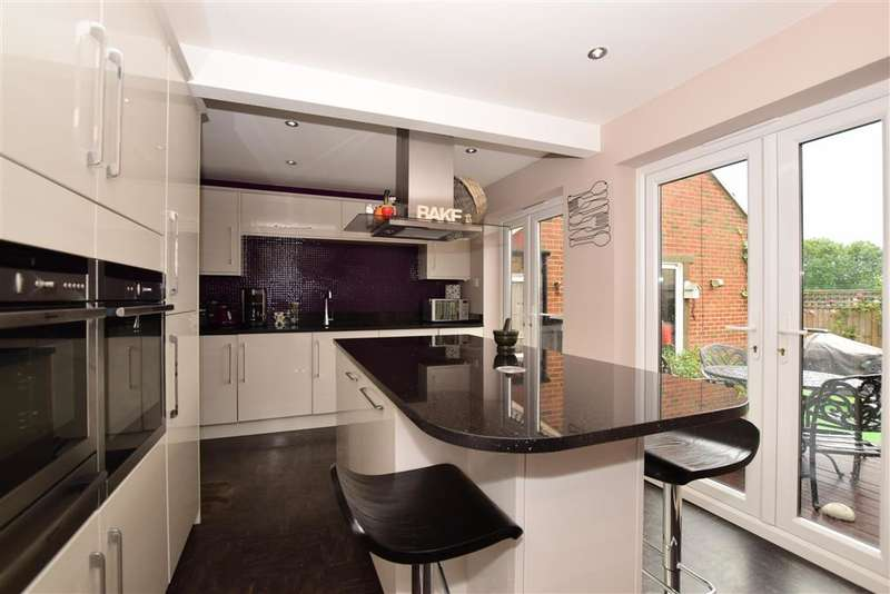 3 Bedrooms Detached House for sale in Rosewood Grove, , Sutton, Surrey