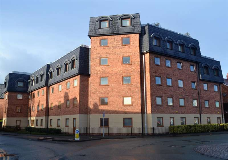 2 Bedrooms Apartment Flat for sale in St Giles Court, Watery Road, Wrexham