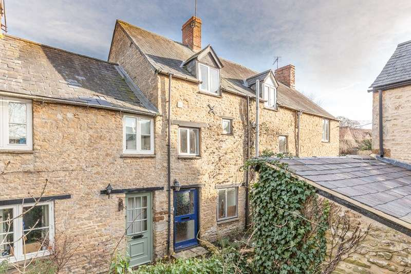 2 Bedrooms Cottage House for sale in The Mount, Enstone, Chipping Norton