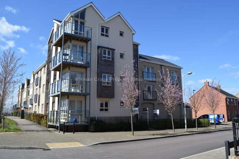 2 Bedrooms Flat for rent in Fox Brook, St. Neots