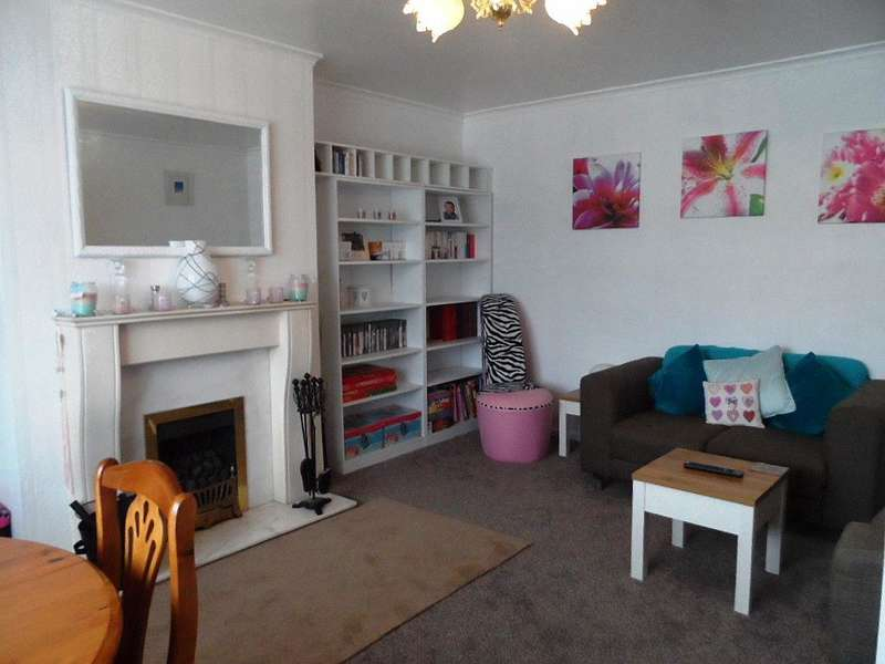 3 Bedrooms Bungalow for sale in Parksway, Knott End, FY6 0DB