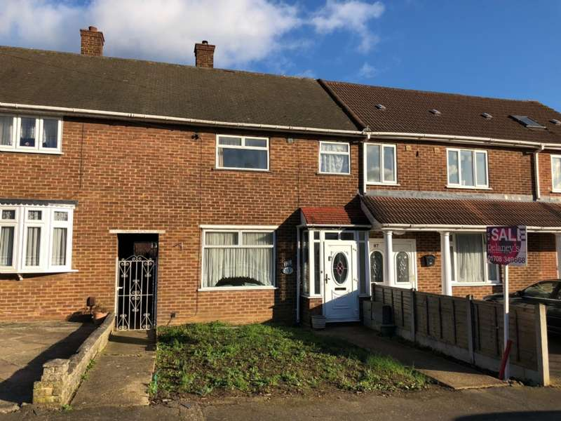3 Bedrooms Terraced House for sale in Penrith Road, Harold Hill