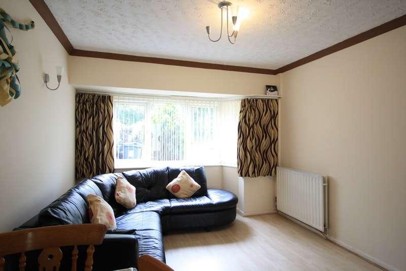 3 Bedrooms Semi Detached House for sale in Aldridge Road, Birmingham, West Midlands, B44