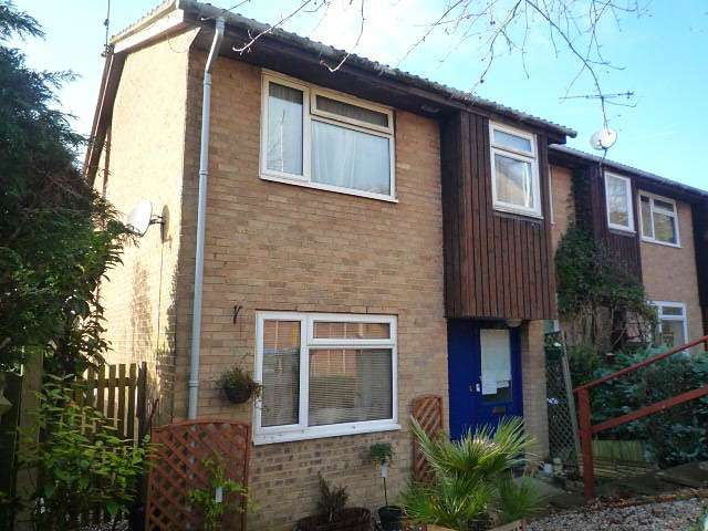 3 Bedrooms End Of Terrace House for rent in Balmoral, East Grinstead