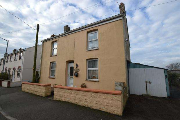 3 Bedrooms Detached House for sale in Fraddon, St. Columb, Cornwall