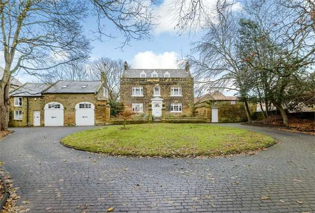 5 Bedrooms Detached House for sale in High Street, Brotton, Saltburn-by-the-Sea, North Yorkshire