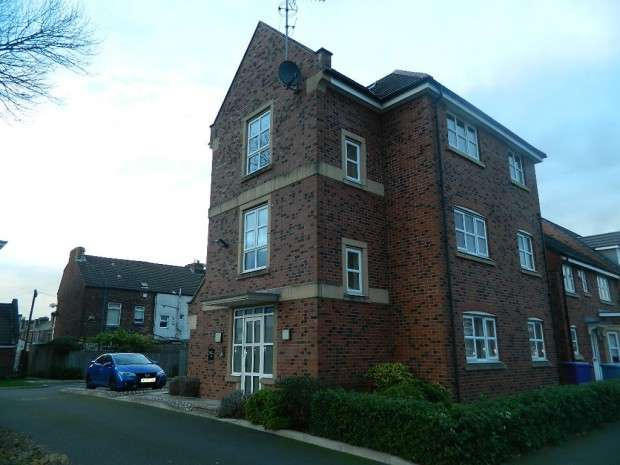 2 Bedrooms Apartment Flat for rent in Ellencliff Drive, Liverpool, L6