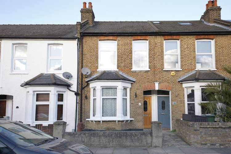 2 Bedrooms Terraced House for sale in Waite Davies Road London SE12