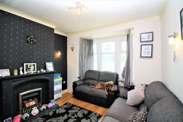 3 Bedrooms Terraced House for sale in Park Avenue, Fleetwood, FY7