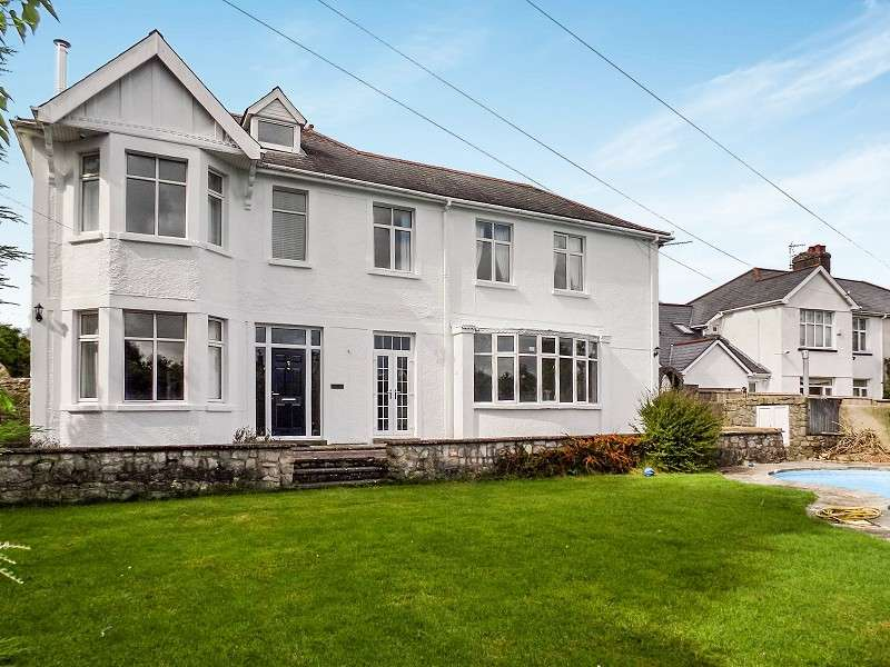 4 Bedrooms Detached House for sale in West Road, Bridgend. CF31 4HD