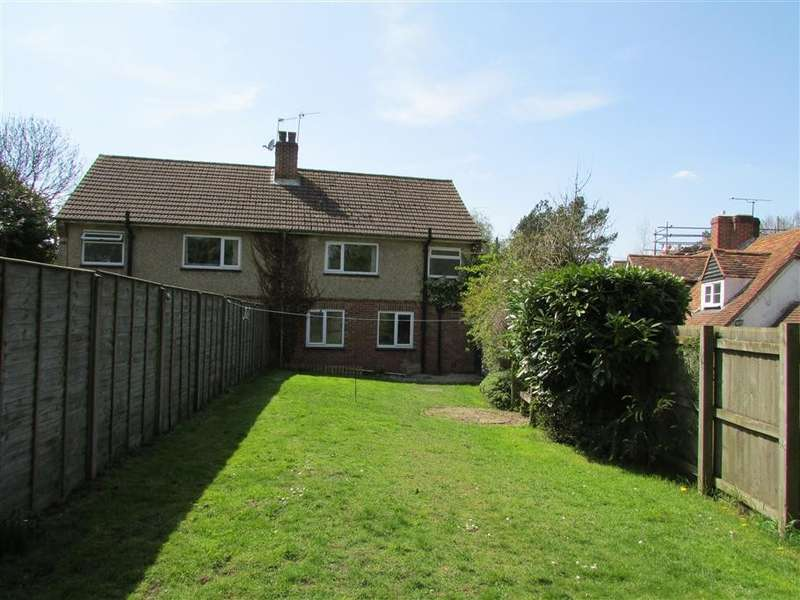 3 Bedrooms Semi Detached House for rent in Smithy Site, Farnborough, Wantage, OX12