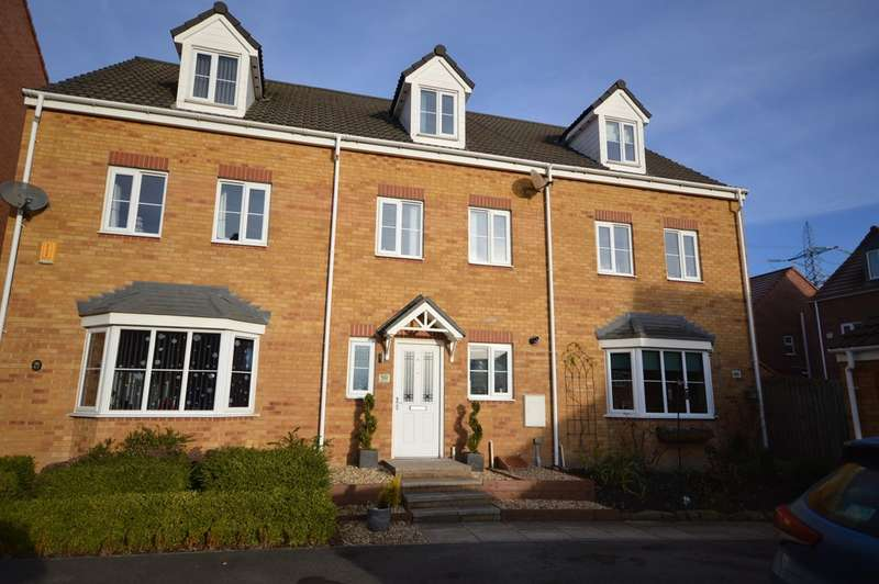 3 Bedrooms Town House for sale in Park Drive, Lofthouse