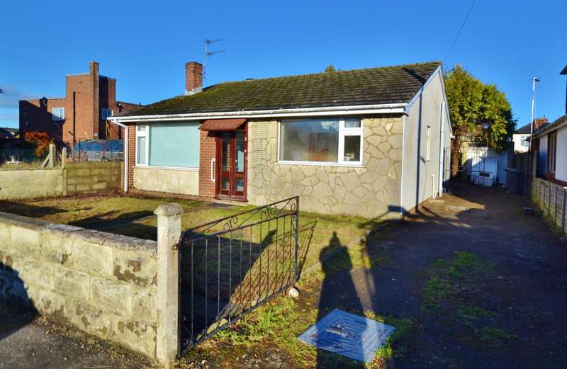 3 Bedrooms Bungalow for sale in Bournemouth