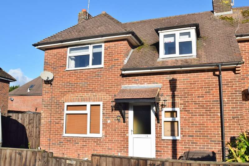 2 Bedrooms Semi Detached House for sale in Bovington