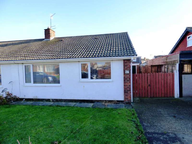 2 Bedrooms Semi Detached Bungalow for sale in Walworth Close, Redcar