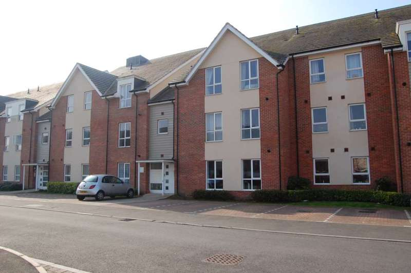 2 Bedrooms Apartment Flat for rent in ADDLESTONE/CHERTSEY