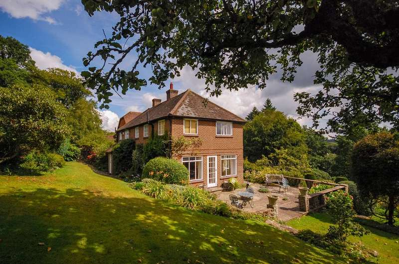 4 Bedrooms House for rent in Marley Heights, Haslemere, GU27