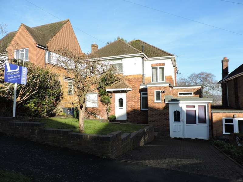 3 Bedrooms Semi Detached House for rent in Shelley Road, High Wycombe