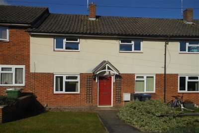 3 Bedrooms Terraced House for rent in Waverley Close, Bulford