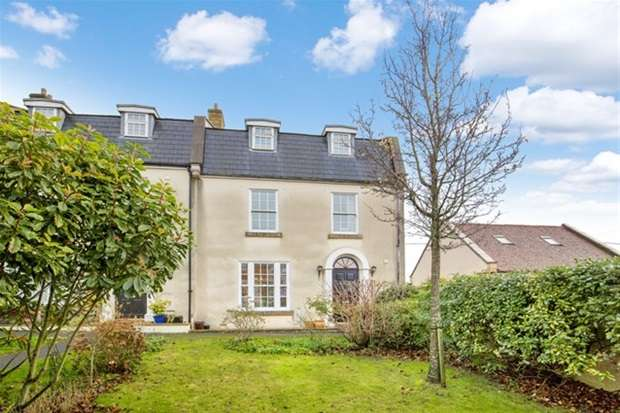 5 Bedrooms Terraced House for sale in Lansdowne Place, Wincanton