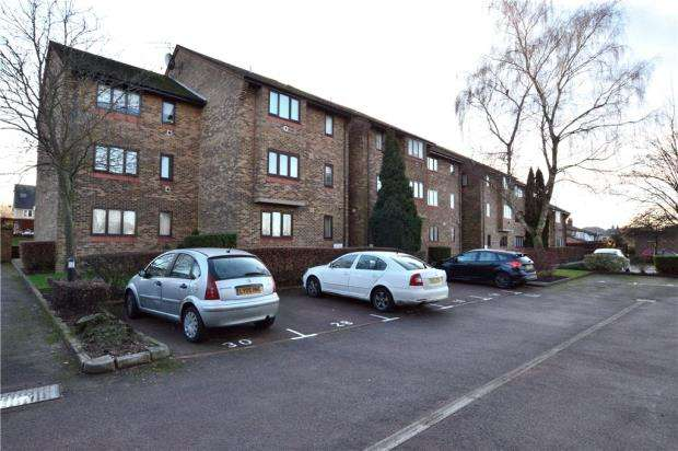 1 Bedroom Apartment Flat for sale in Grundy House, 8 Chiltern View Road, Uxbridge