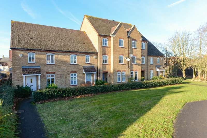 3 Bedrooms Terraced House for sale in Westminster Square, Maidstone, ME16