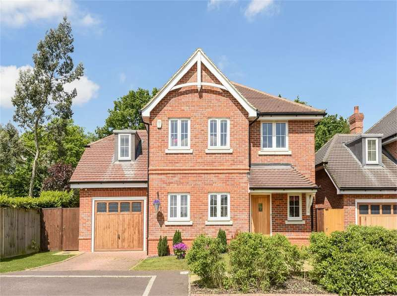 4 Bedrooms Detached House for sale in Farnesdown Drive, Wokingham, RG41