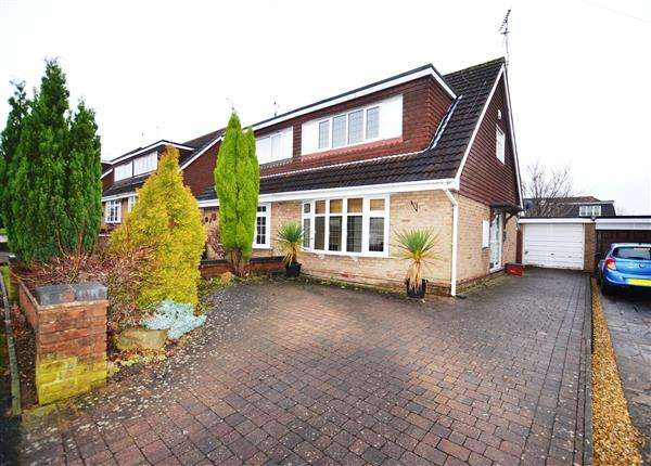 3 Bedrooms Semi Detached House for sale in Pembroke Drive, Westlands, Newcastle