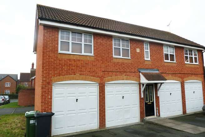 2 Bedrooms Detached House for rent in Torres Close, Chase Meadow, Warwick
