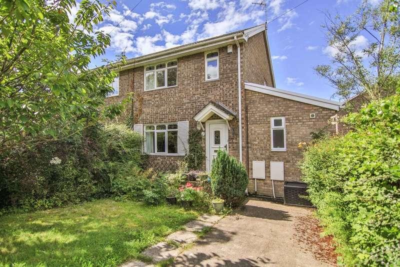 4 Bedrooms Semi Detached House for sale in Millfield Drive, Cowbridge, Cowbridge