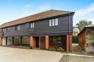 2 Bedrooms Semi Detached House for sale in Forge Mews, Addington Village, South Croydon