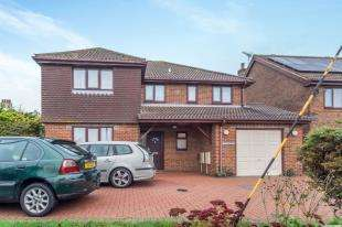 4 Bedrooms Detached House for sale in Cooling Road, Cliffe, Rochester, Kent