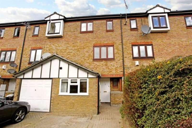 4 Bedrooms Terraced House for rent in Maryland Street, London, E15