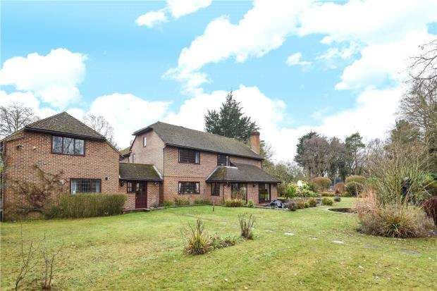 7 Bedrooms Detached House for sale in Sandy Lane, Wokingham, Berkshire