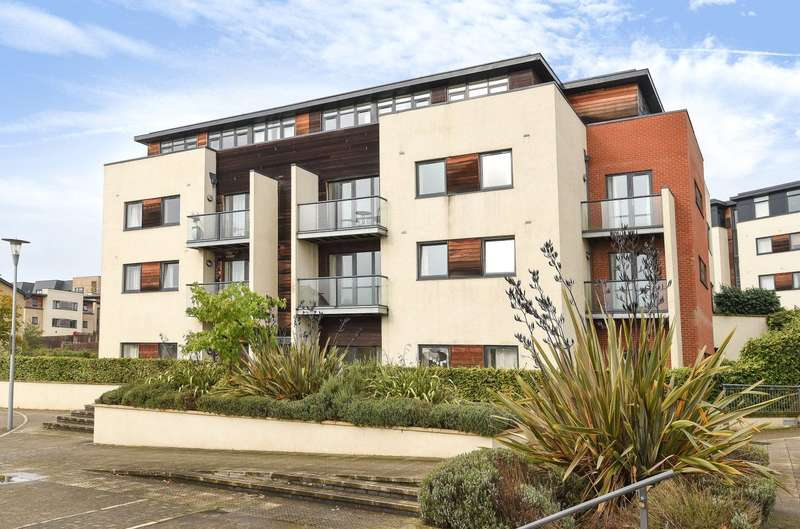 1 Bedroom Apartment Flat for sale in Barley House, 2 Peacock Close, Mill Hill, London, NW7