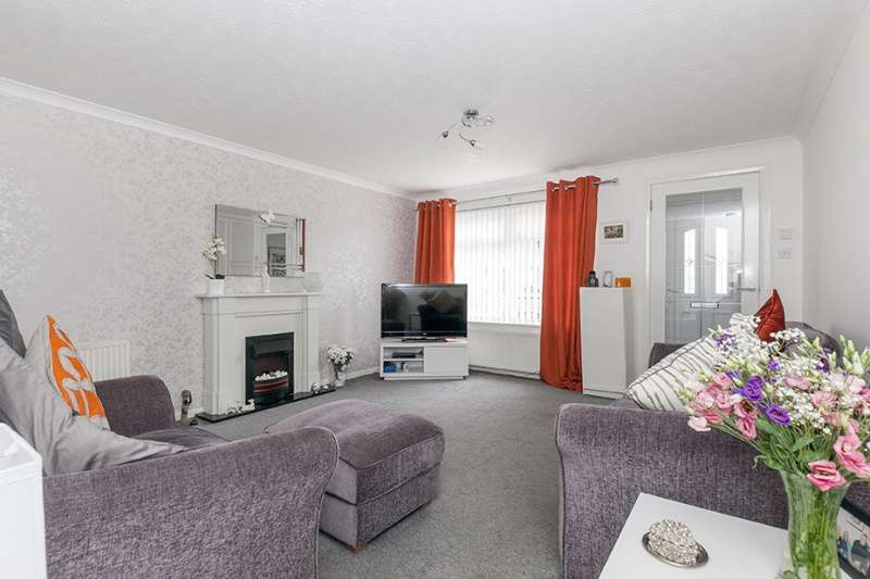 2 Bedrooms End Of Terrace House for sale in Carnbee Avenue, Liberton, Edinburgh, EH16 6GA