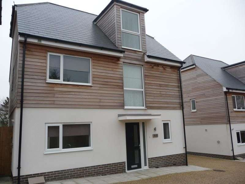 4 Bedrooms Detached House for rent in Hollow Lane, Snodland, ME6