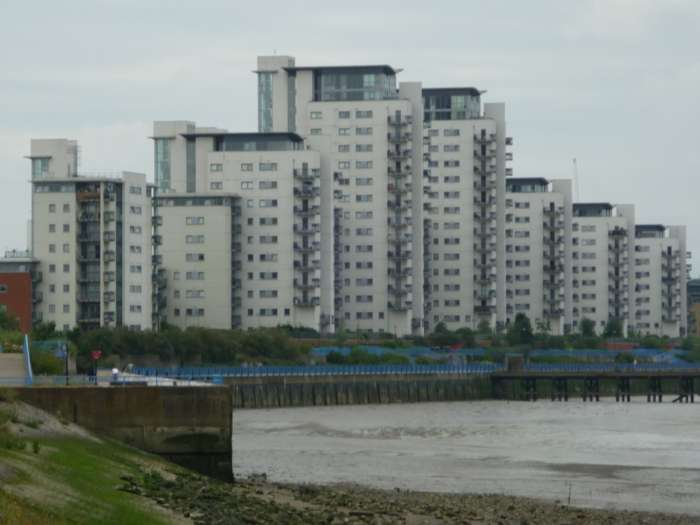 3 Bedrooms Apartment Flat for rent in GARDEN FLAT - 3 Bed - 2 BATH - Erebus Drive, Royal Artillery Quays, Riverside,