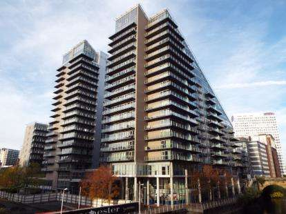 2 Bedrooms Flat for sale in Clowes Street, Salford, Manchester, Greater Manchester