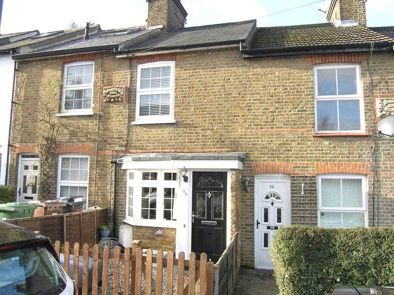 2 Bedrooms Terraced House for sale in School Lane, Merry Hill, Bushey