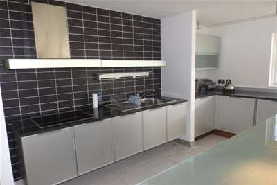 2 Bedrooms Flat for rent in Royal Arch