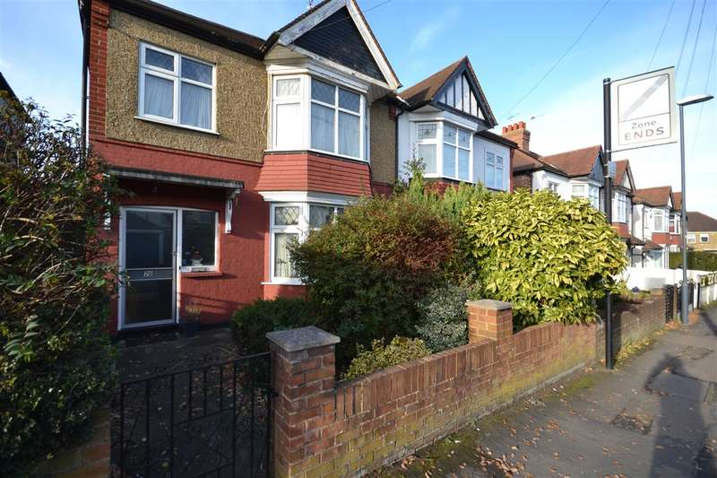 3 Bedrooms Property for sale in Pinner View, Harrow