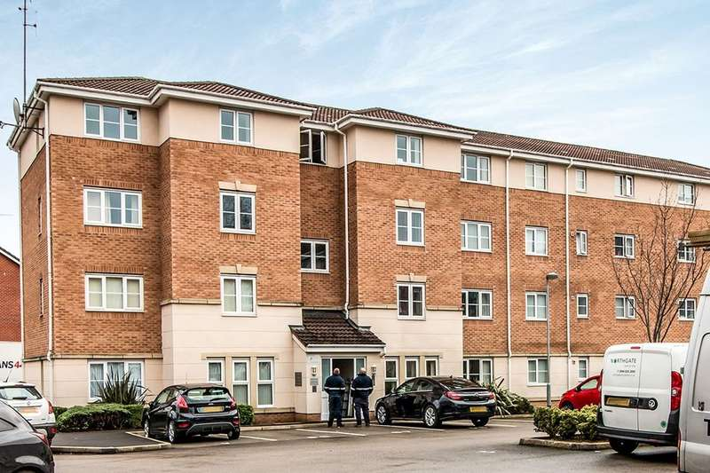 2 Bedrooms Flat for sale in Cravenwood Road, Reddish, Stockport, SK5