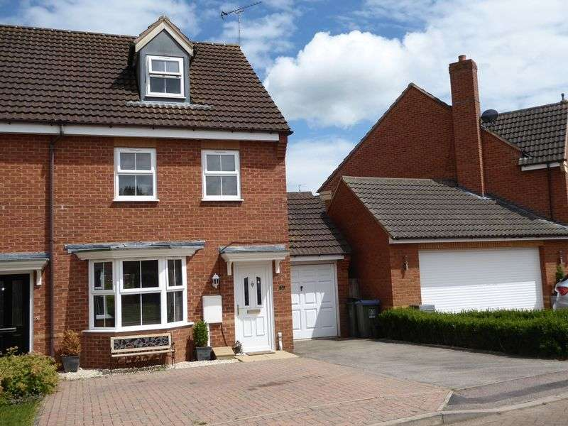 3 Bedrooms Property for sale in Brindles Close, Calvert, Buckingham