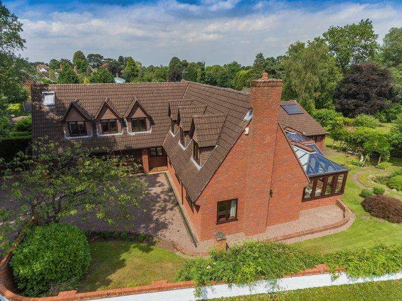6 Bedrooms Detached House for sale in Church Hill Drive, Stockwell End, Wolverhampton
